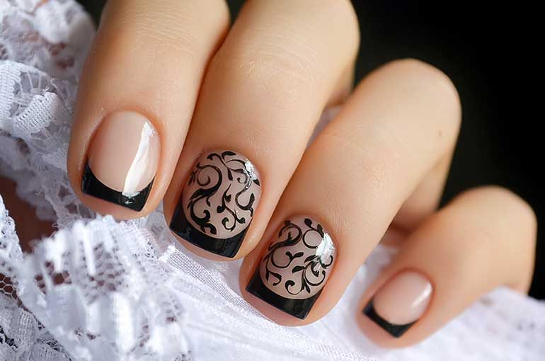 Black Tips Nail Art