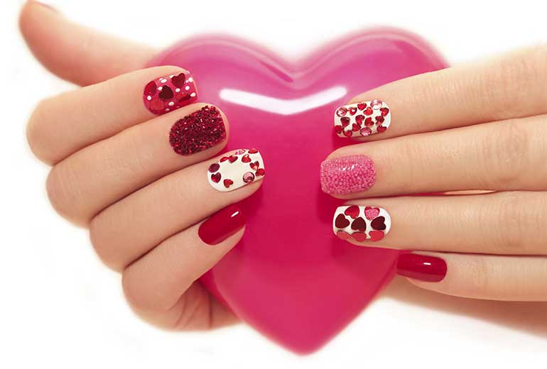 Cute Hearts Nail Art - Cute And Romantic Valentine's Day Nail Art Designs